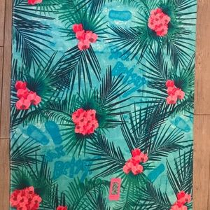 Betsey Johnson beach towel
